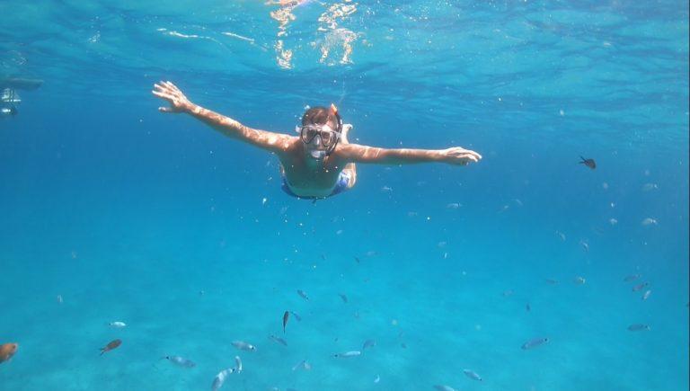Giornata in gommone in Sardegna
