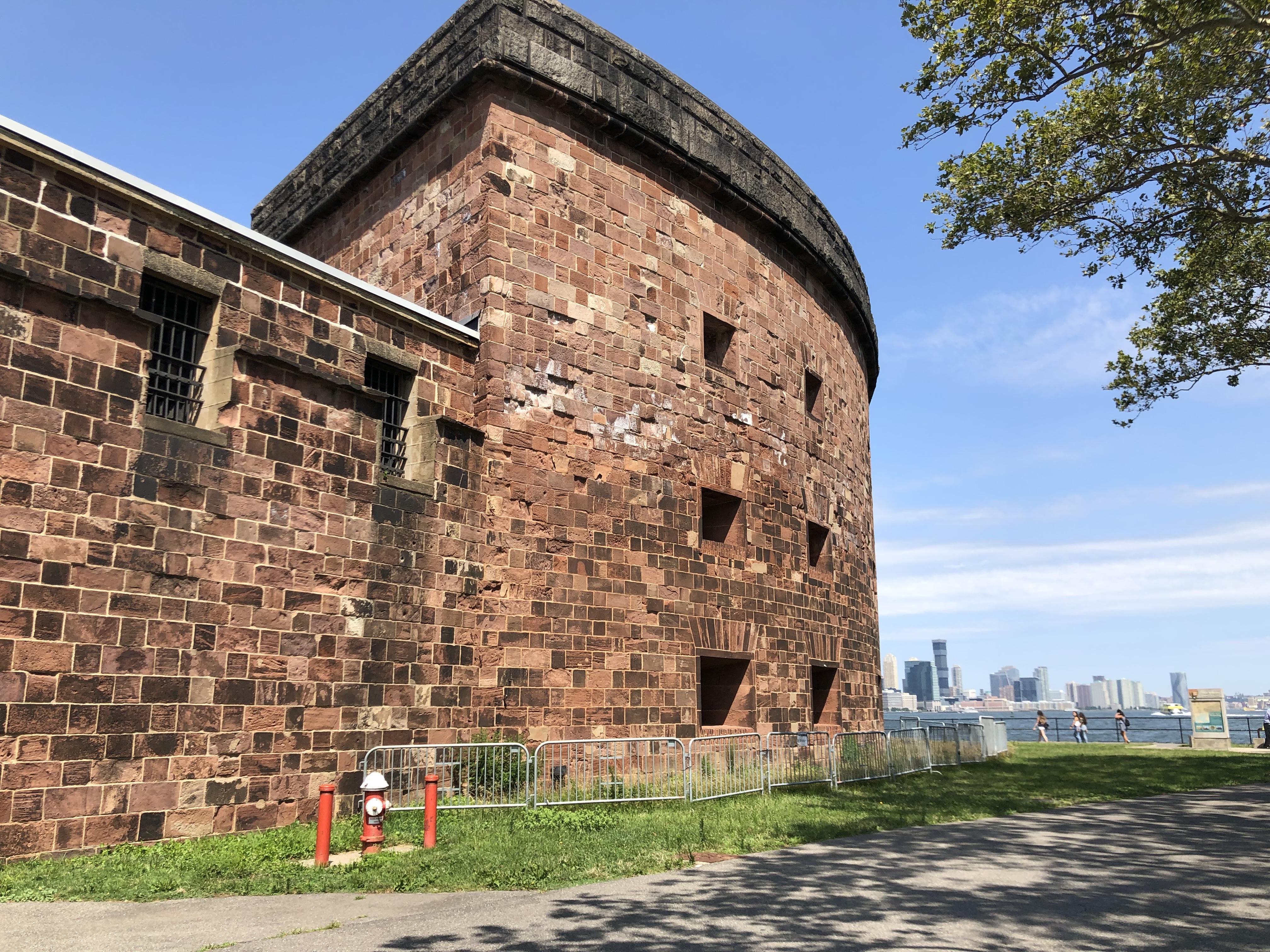 Un'alternativa al traffico di New York: Governors Island